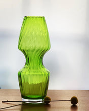 Load image into Gallery viewer, Vintage Scandinavian style Dartington Crystal vase