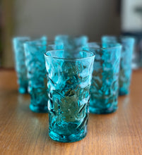 Load image into Gallery viewer, Beautiful kingfisher blue bark effect tumblers