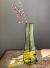 Load image into Gallery viewer, Riihimaki Piippu vase, designed by Aimo Okkolin. Lovely chimney vase produced in Finland