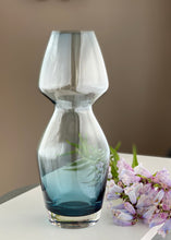 Load image into Gallery viewer, Vintage Riihimaki Vase designed by Aimo Okkolin