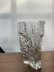 The iittala glass vase Textured Pinus 2784 vase from Finland.