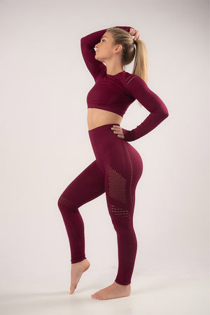 SCARLET SEAMLESS SETS