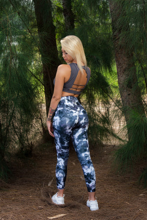 MIDNIGHT LIQUID LEGGINGS