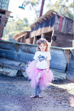 The Triggerfish toddler tee is the perfect gift for every ocean lover. The soft cotton and eco printed cowfish hold colors for even the most adventurous kid! Multiple washes with no fading.