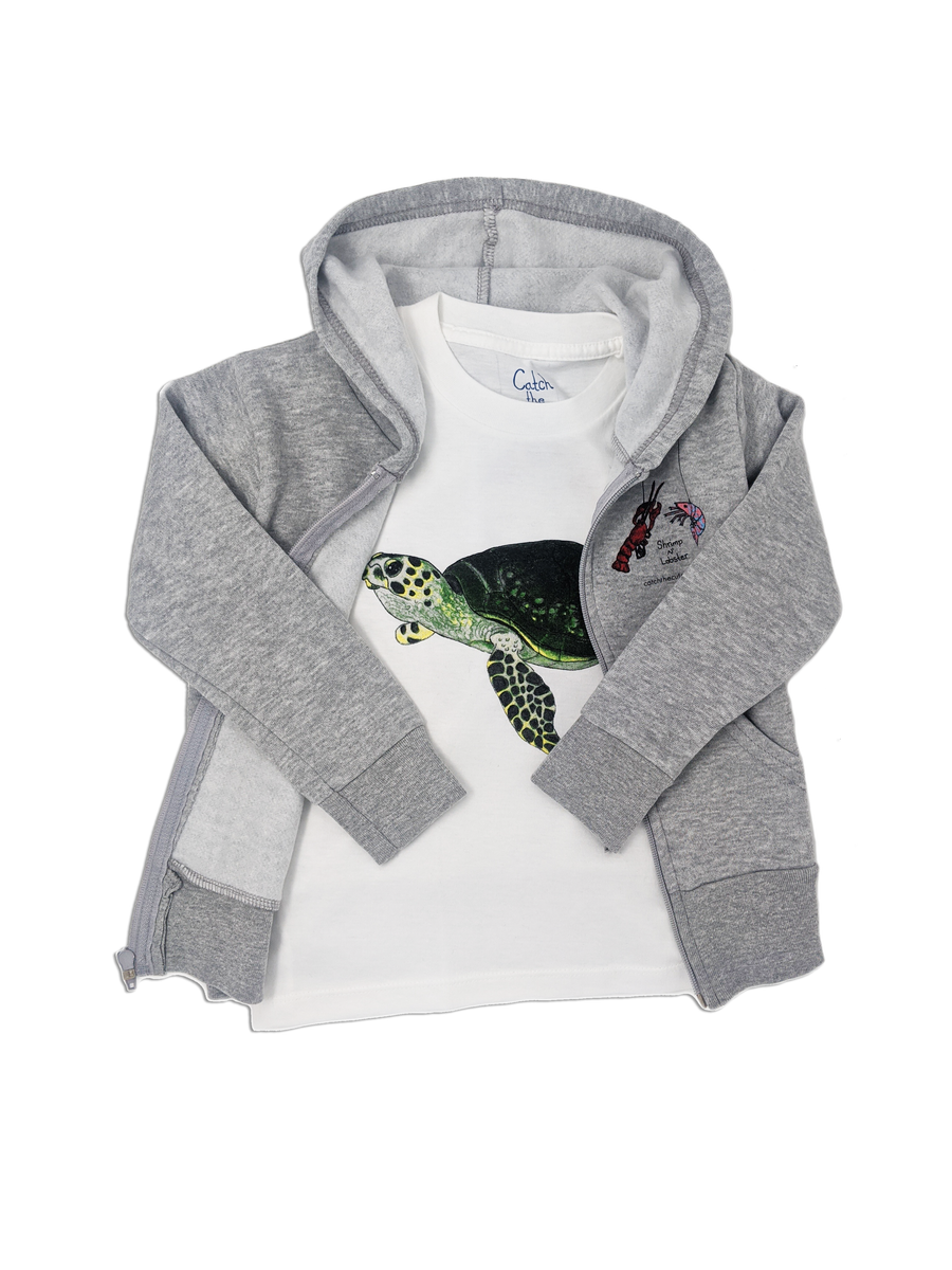 The Sea Turtle Tee toddler tee is perfect to layer with our Shrimp 'n Lobster hoodies. The zip up front keeps little explorers warm. Show off your love for the ocean when you double up on a Sea turtle tee and hoodie! Mix and match your favorite sea creatures!
