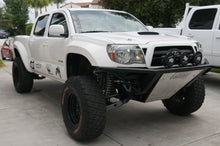 "Load image into Gallery viewer, 2005-2015 Toyota Tacoma Fenders - 4"" Bulge"