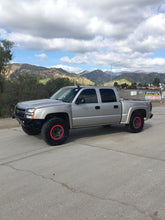 "Load image into Gallery viewer, 2003-2006 Chevy Silverado Fenders - 4"" Bulge"