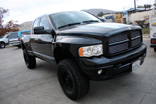 Load image into Gallery viewer, 2002-2005 Dodge Ram Fenders