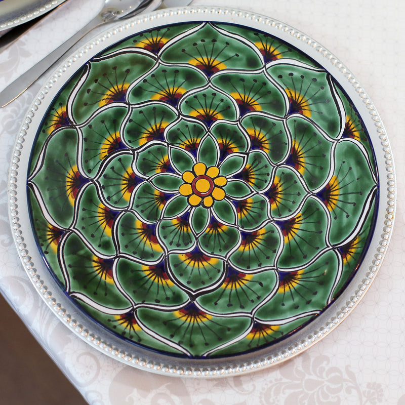 SIMPLE WAY TO STYLE WITH TALAVERA PLATES