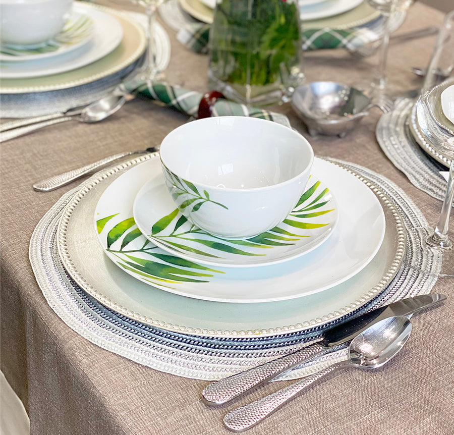 5 THINGS YOU NEED TO CREATE AN EVERYDAY TABLE SETTING
