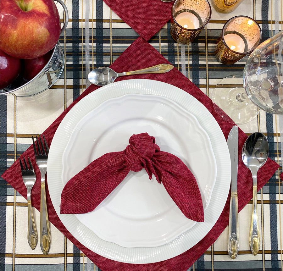 THANKSGIVING TABLESCAPE WITH A COUNTRY FEEL