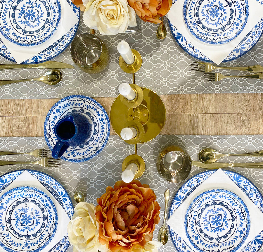 2 WAYS TO DECORATE A TABLE WITH RUNNERS