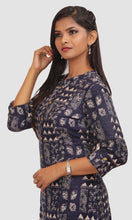 Load image into Gallery viewer, Women Indigo Kalamkari Print Daily Wear Kurti