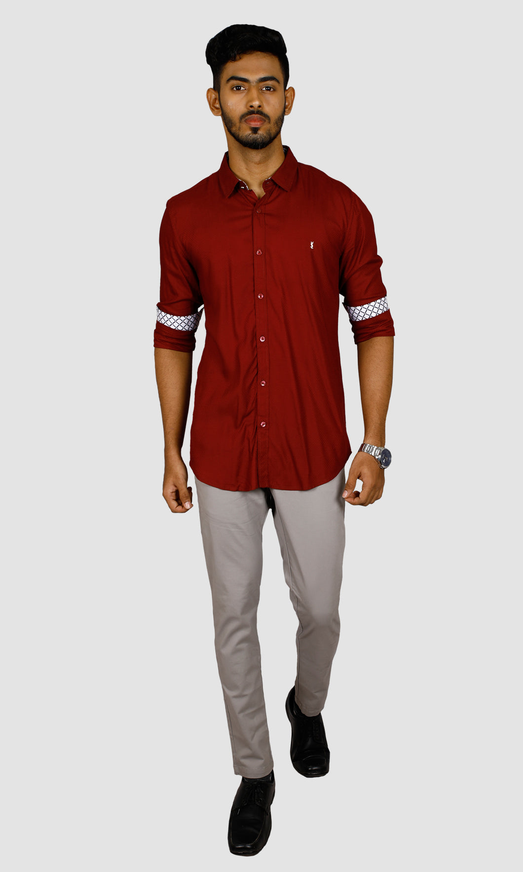 Men Dotted Slim Fit Casual Shirts