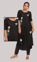 Load image into Gallery viewer, Women A-Line Black Daily Wear Kurti