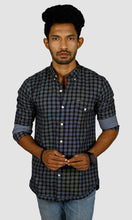 Load image into Gallery viewer, Men Blue Black Checked Casual Shirts