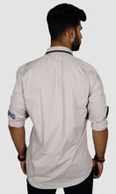 Load image into Gallery viewer, Men Collar Strap Solid Slim Fit Casual Shirts