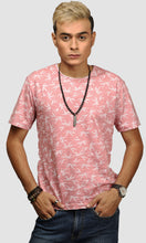 Load image into Gallery viewer, Men Salmon Leaf Printed Cotton Casual T shirts