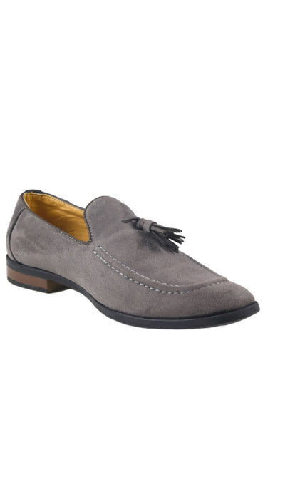 Men Grey Solid Loafers