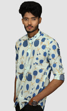 Load image into Gallery viewer, Men Faded Green Printed Cotton Slim Fit Casual Shirts