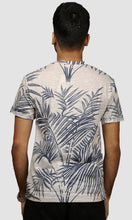 Load image into Gallery viewer, Men Faded Grey Leaf Printed Cotton Casual T shirts