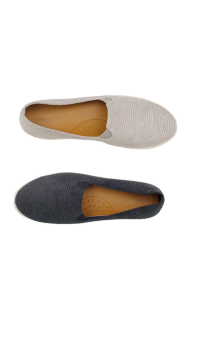 Men Grey And Blue Loafers