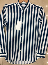 Load image into Gallery viewer, Men Casual Thick And Thin Stripe Shirt