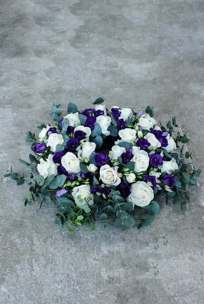 Classic Wreath Purple & White