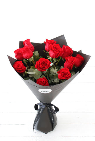 12 Long Stem Red Rose Hand-tied