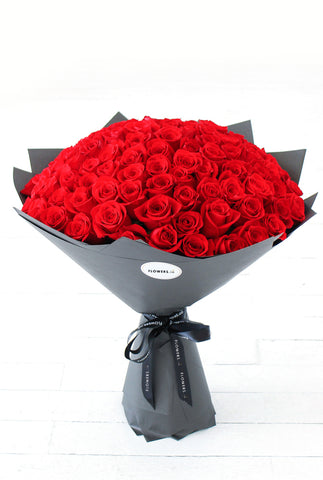 200 Long Stem Red Roses Hand-tied