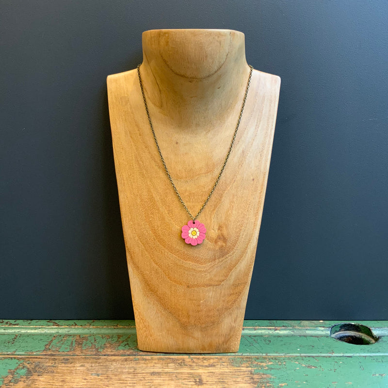 In Bloom Single Pendant Necklace 'Primrose'