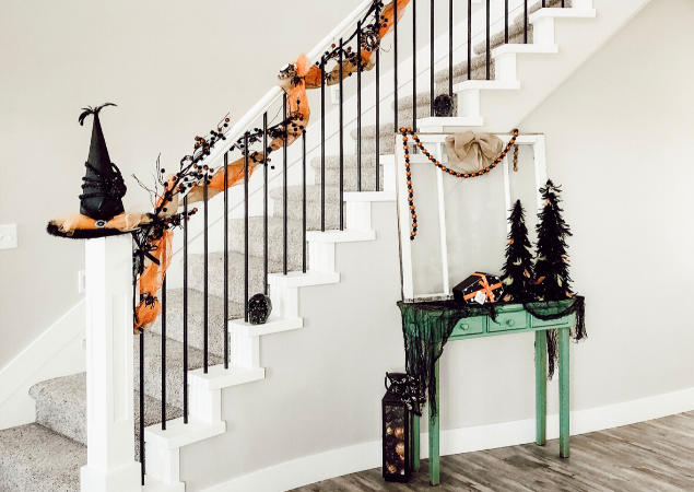 Halloween Staircase Tutorial