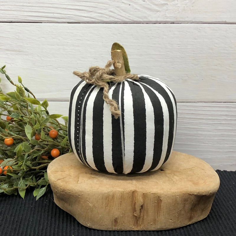 Medium Black Stripe Pumpkin