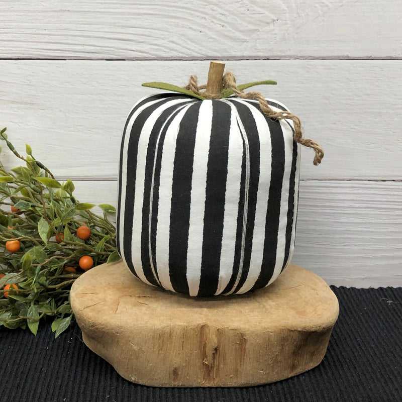 Large Black Stripe Pumpkin