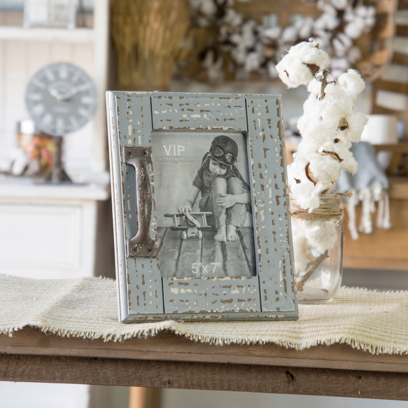 Scraped Wood 5X7 Frame With Decorative Metal Handle