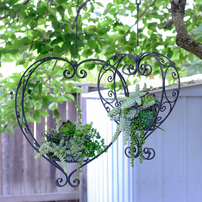 Metal Heart Planters Set/2