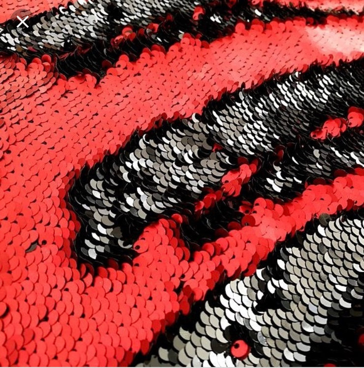 8x8ft Black/Red Pillowcase Mermaid Sequin