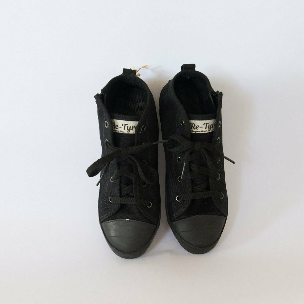 High Top ~ Black