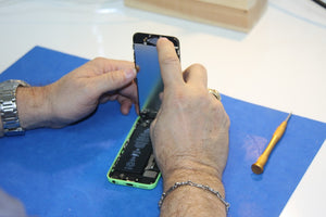 Tips To Repair Your Phone At Low Budget