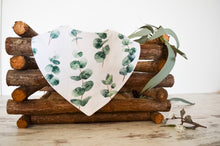 Load image into Gallery viewer, Towel Bib - Eucalyptus