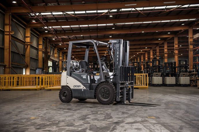 Should You Consider Buying Pre-owned Forklifts?