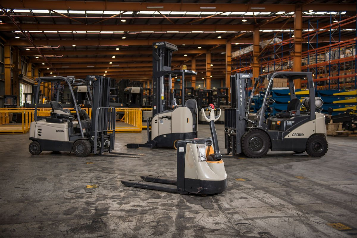 A Guide To Buying The Best Forklift For Your Operation Crown Factory Outlet