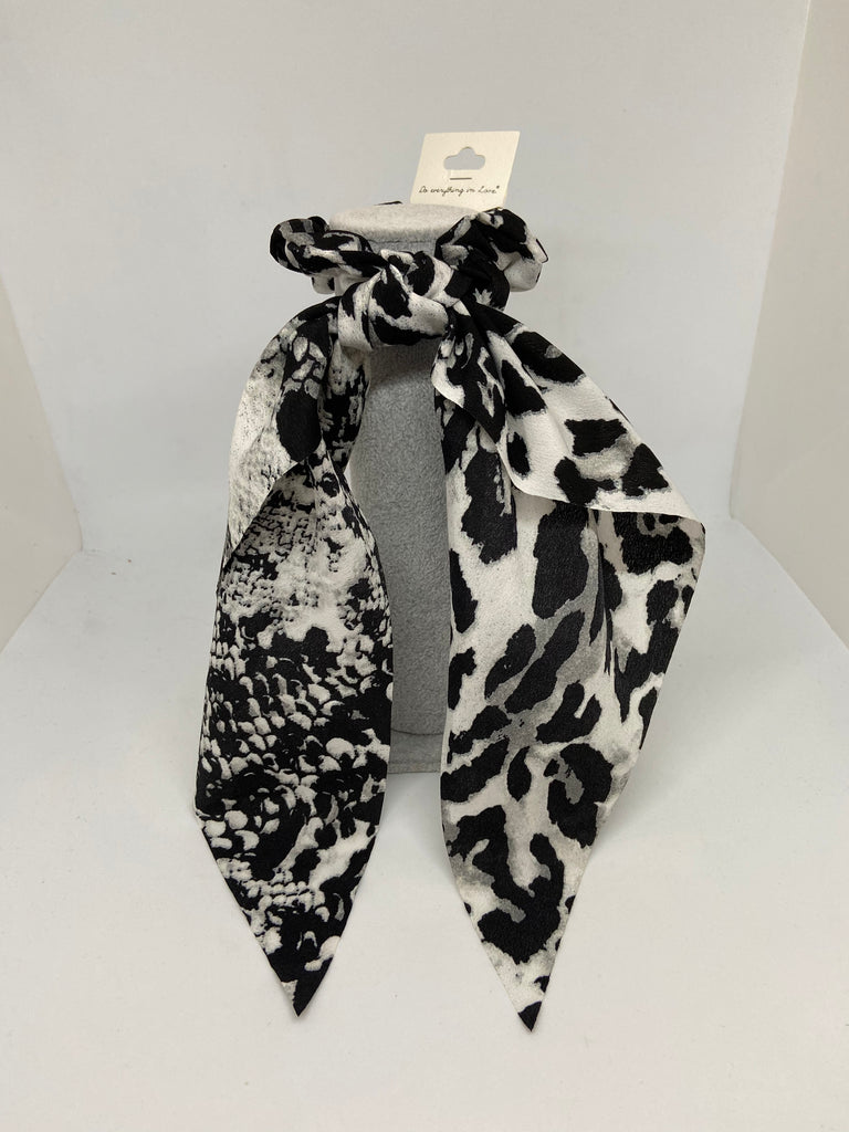 The Cheetah and the Snake Hair Scarf