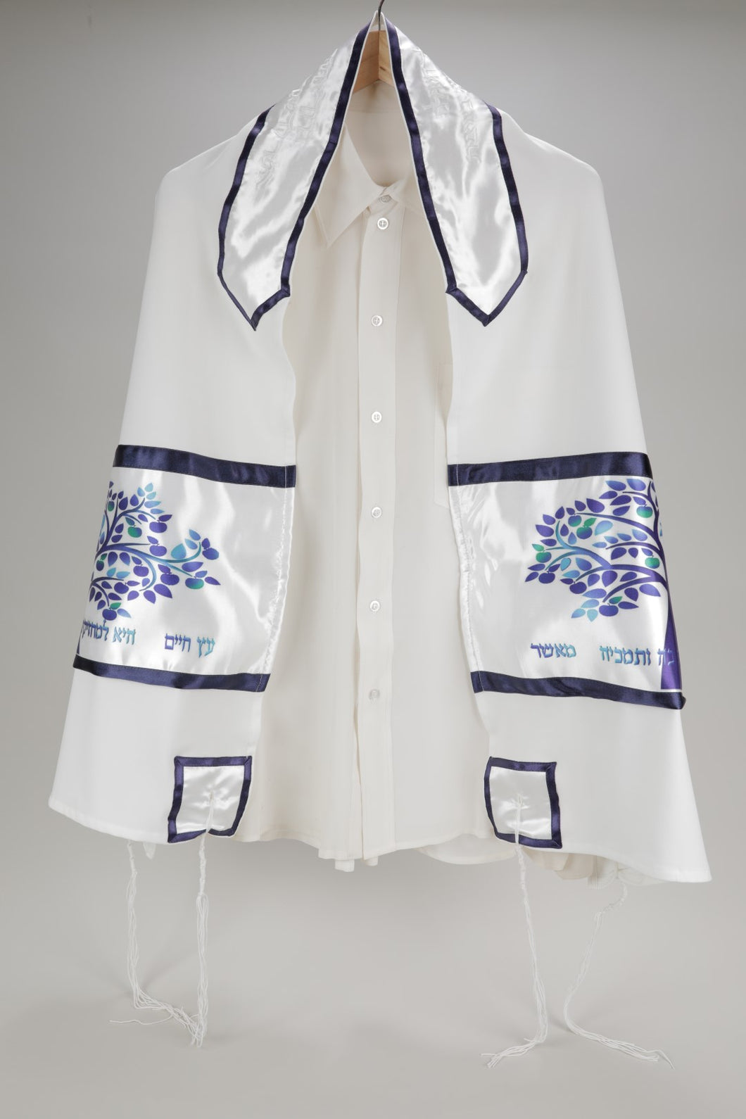 Enchanting Blue Tree of Life Viscose Bar Mitzvah Tallit