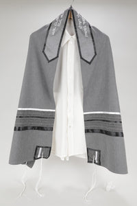 PRESTIGIOUS GRAY VISCOSE TALLIT WITH STRIPED DESIGN