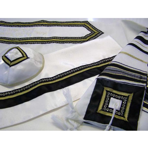 The Lion Classic black and gold Wool Tallit