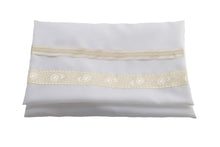 Load image into Gallery viewer, Cream Paisley Tallit for women, girls tallit, bat mitzvah tallit bag, womens tallit