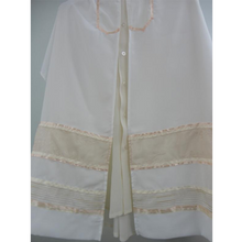 Load image into Gallery viewer, Apricot Panel Tallit for Women