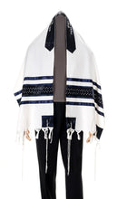 Load image into Gallery viewer, Wool Tallit, Star of David Tallit from Israel, Custom tallit Shop, Jewish Prayer Shawl