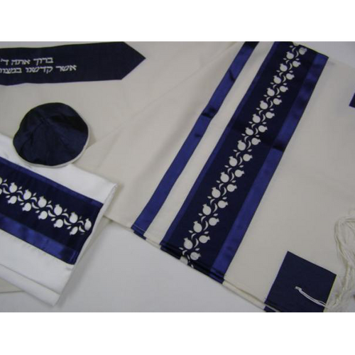 White and Blue Pomegrante Tallit